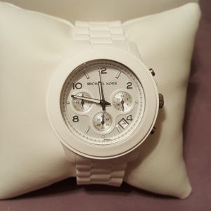 Michael Kors Ladies Chronograph Women's Wa…